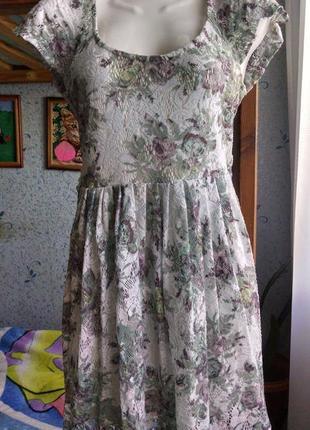 Кружевное платье 44-46р.