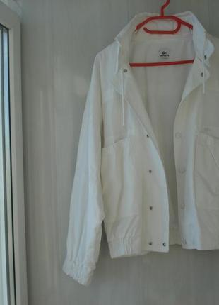 Шикарная оригинальная  lacoste ветровка женская l-xl  размер подходит на 48-50р.