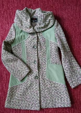 Красивое весенне пальто, размер 44