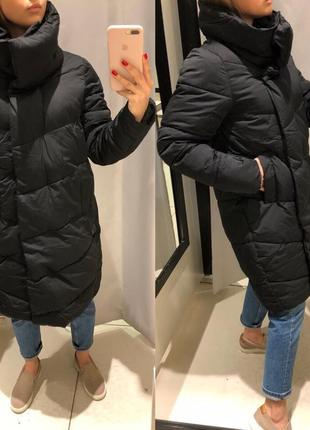 Тёплое зимнее пальто одеяло reserved чёрная куртка на синтепоне зима еврозима