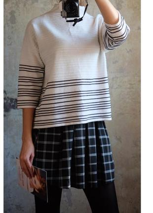 В наличии свитер f&f