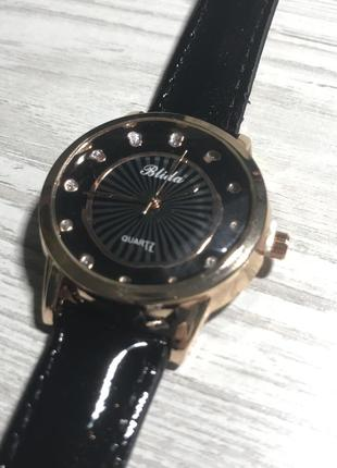 Наручные часы, наручний годинник blida