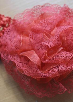Повязка на голову красный цветок