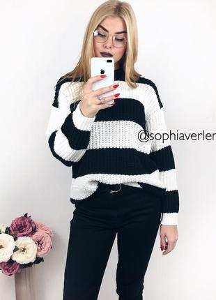 Уютный свитер bershka