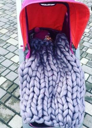 Плед из шерсти мериноса крупной вязки в коляску