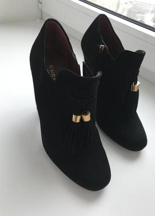 Ботинки gucci , замшевые