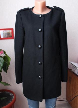 Черное пальто mango с 34 36 размер