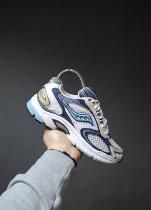 Крутые кроссовки saucony