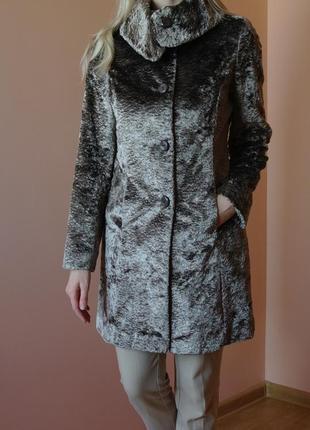Плюшевое пальто шубка из стриженного меха