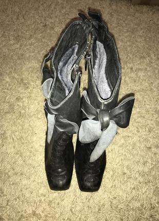 Зимние ботинки на цигейке, высокий устойчивый каблук