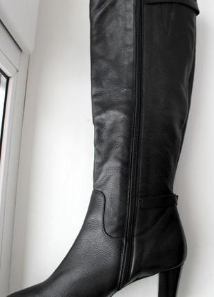 Демисезонные высокие сапоги на каблуке натуральная кожа италия5 фото