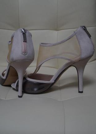 Элегантные туфли босоножки с прозрачной сеткой и замочками на пятке