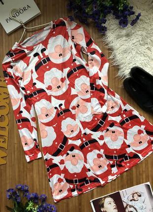 Яркое нарядное новогоднее платье из сантаклаусами