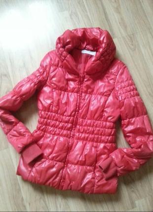 Куртка красная яркая 42 (s)