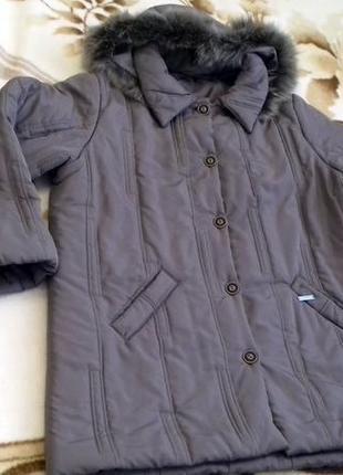 Куртка. красивый  светло серый цвет цвет.