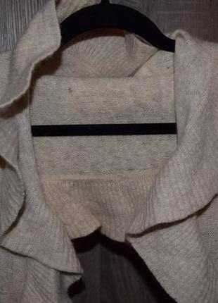 Очень красивый тёплый большой шарф h&m  с воланами4