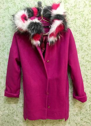Пальто брэндовое