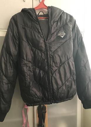 Демисезонная куртка fornarina с капюшоном