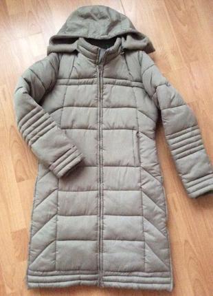 Тёплое непродуваемое немецкое пальто  пуховик. размер м небольшой л