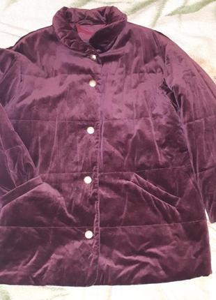 Удлиненная бархатная курточка