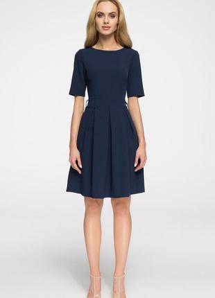 Платье-клеш из плотного трикотажа