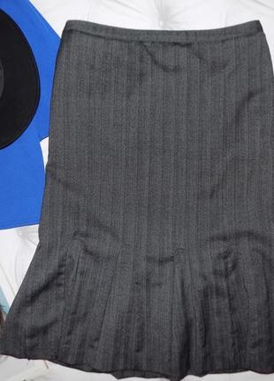 Шерстяная базовая серая юбка миди