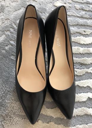 Туфлі класичні шкіряні лодочки