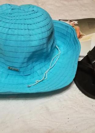 Пляжний капелюх