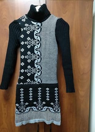Теплое вязаное платье, женское