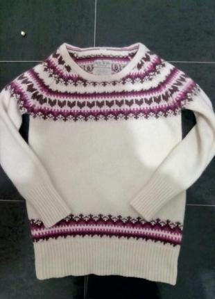 Очень теплющий,мягусенький свитер