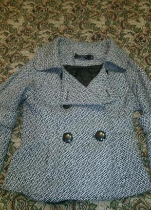 Красивое пальтишко для девочки