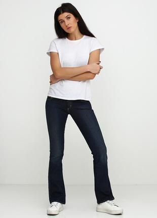 Стильные расклешенные джинсы gas