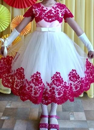 Продам пышное платье для девочки