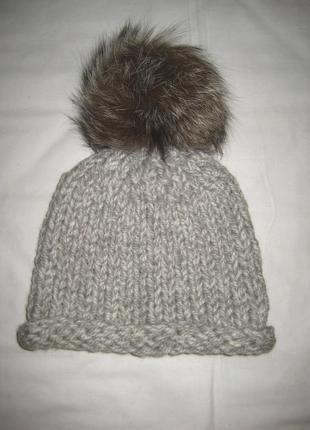 Теплая шапочка на морозы, шерсть, помпон чернобурка