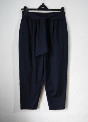 Летние зауженые к низу  укороченые брюки