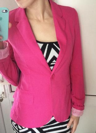 Пиджак малиновый розовый