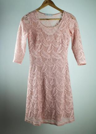 Платье xs-s, розовое кружево, с подкладкой