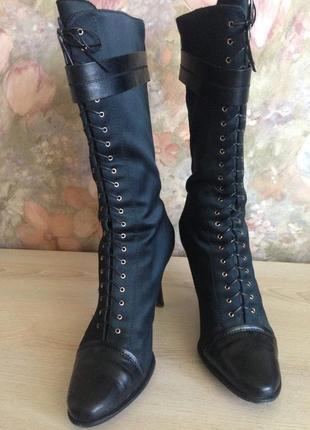 Стильные итальянские сапоги ( полусапоги) на шнуровке