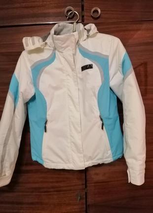 Курточка-горнолижная