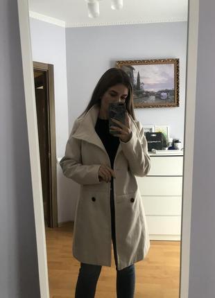 Пальто від reserved
