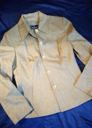 Обалденный пиджак 100%шерсть