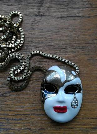 Кулон маска