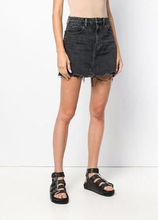 Джинсовая юбка с необработанными краями большого размера