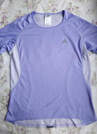 Фирменная спортивная футболка adidas