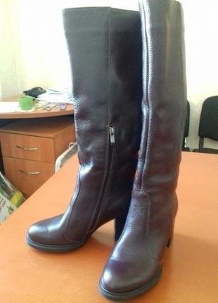 Зимние кожаные сапоги прямого одевания