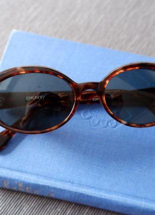 Оригинальные винтажные очки dkny