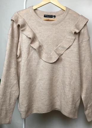 Ніжний светр з рюшею2 фото