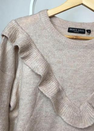 Ніжний светр з рюшею5 фото