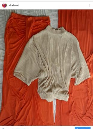 Блуза плиссе с открытой спиной