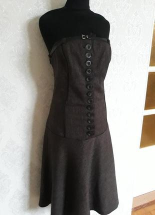 Корсетное шерстяное платье на пуговицах2 фото